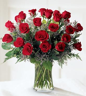 Ftd abundant rose bouquet anniversary flowers flowers fast for Flower arrangements with roses