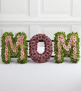 FTD Remembering Mom Arrangement