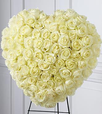 Flowers Fast coupon: FTD Elegant Remembrance Standing Heart