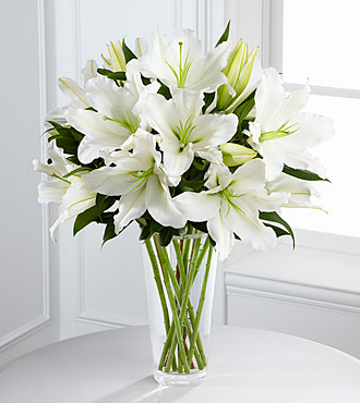 FTD Light in Your Honor Bouquet - S4-4443