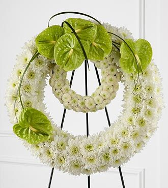 FTD Wreath of Remembrance