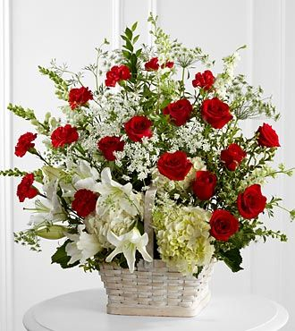 FTD In Loving Memory Arrangement - DELUXE
