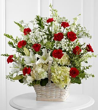 FTD_In_Loving_Memory_Arrangement
