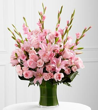 FTD Lovely Tribute Bouquet - PREMIUM
