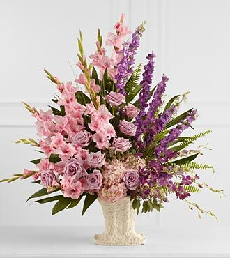 FTD Flowing Garden Arrangement - DELUXE
