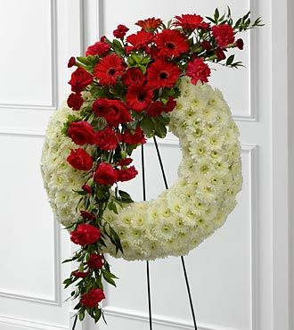 FTD Graceful Tribute Wreath - S44-4542