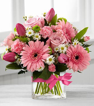 FTD Blooming Vision Bouquet by Better Homes and Gardens - DELUXE