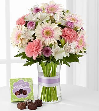 FTD Sweeter Than Ever Bouquet with Chocolates - DELUXE