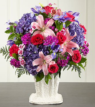 FTD We Fondly Remember Arrangement - S29-5014
