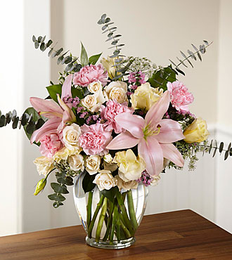 FTD Classic Beauty Bouquet - C12-5160