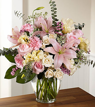 FTD Classic Beauty Bouquet - PREMIUM