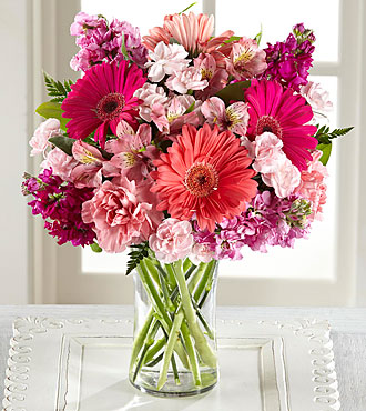 FTD Blushing Beauty Bouquet - DELUXE