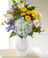 Image of Deluxe version for FTD Welcome Bouquet