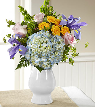 FTD Welcome Bouquet - D7-5206