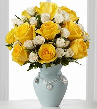 FTD New Mothers Charm Rose Bouquet - Boy - PREMIUM
