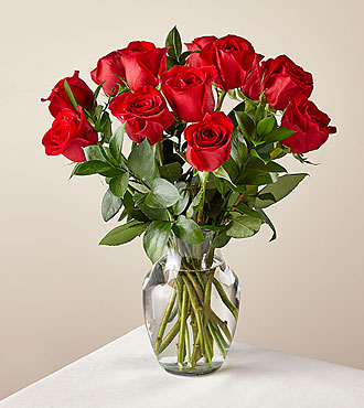12 Red Roses with Vase - FedEx - FE82