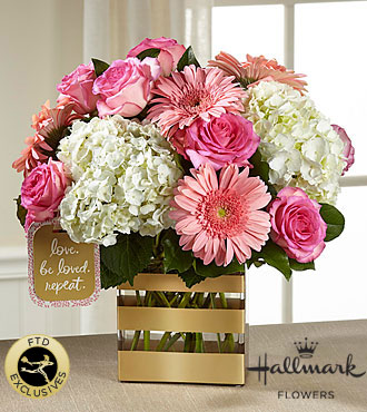 FTD Love Bouquet by Hallmark - DELUXE
