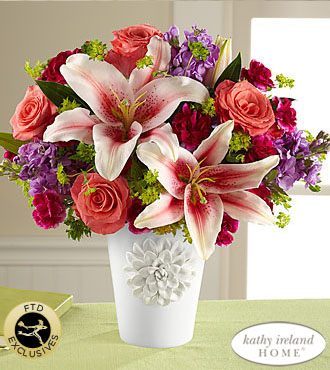 FTD California Chic Bouquet for Kathy Ireland Home