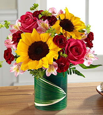 FTD Fresh Outlooks Bouquet - LF2