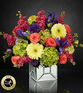 FTD_Extravagant_Gestures_Luxury_Bouquet