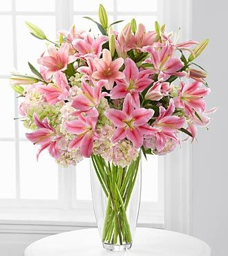 Intrigue Luxury Lily and Hydrangea Bouquet - 22 Stems