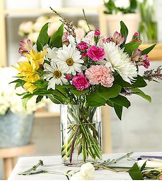 Flowers Fast coupon: Dreamy Pastels     A Florist Original