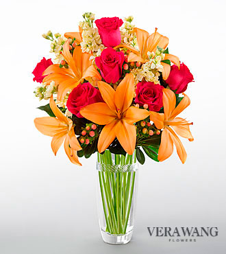 FTD Luxe Looks Bouquet by Vera Wang - CUT GLASS VASE INCLUDED - DELUXE