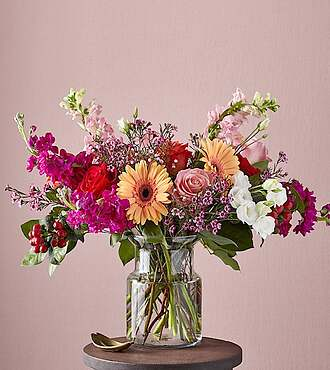 True Romantic Red Rose  Bouquet - 20-V4