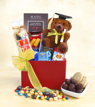 Happy_Graduation_Hugs__WebGift